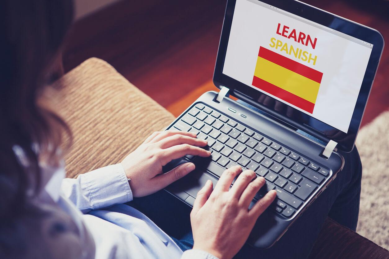Aprender espanhol de forma imersiva